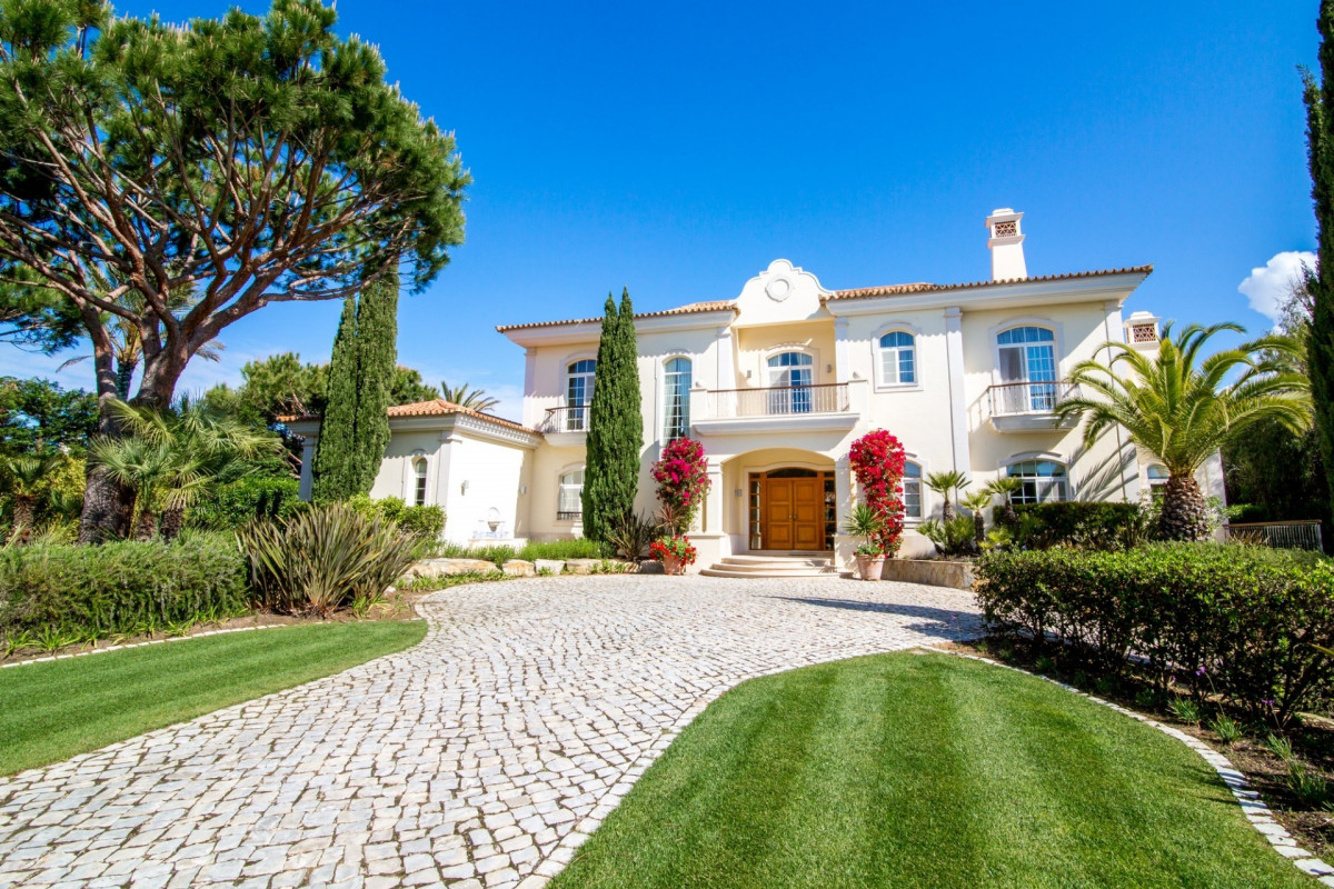 5 Bedroom Villa | in Quinta do Lago | with Whirlpool & Private Swimming Pool