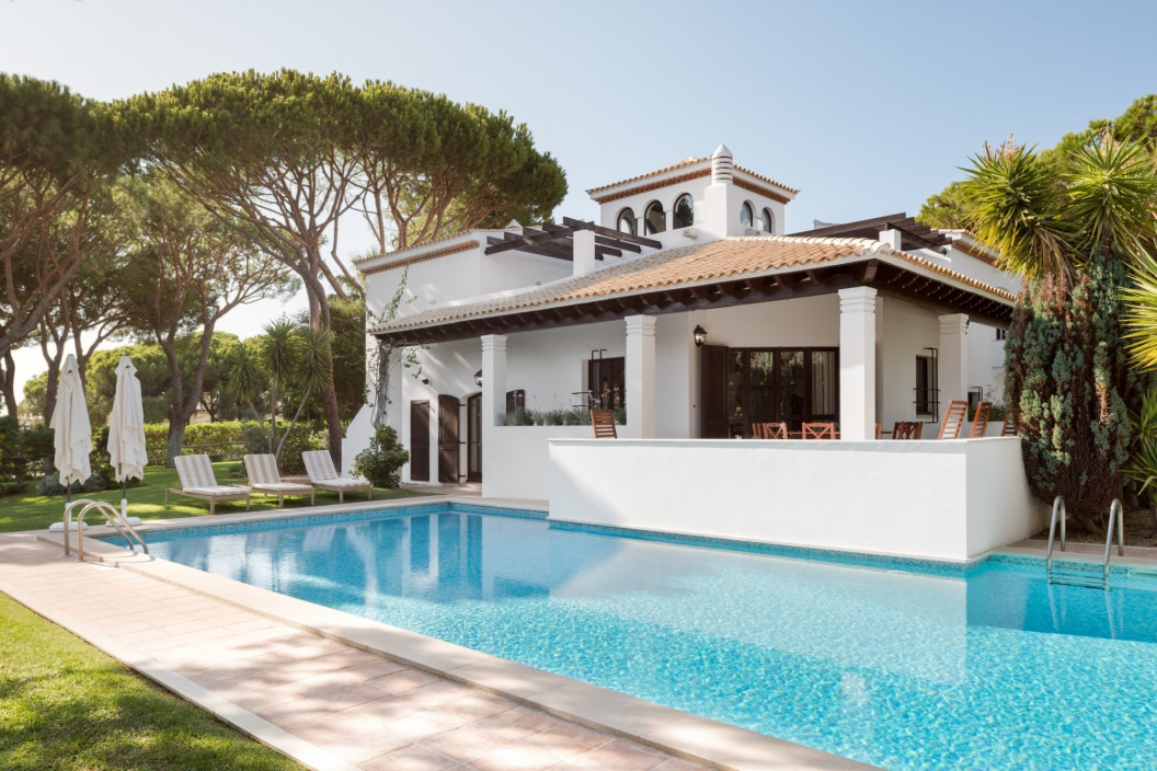 5 Bedroom Luxury Villa | Pine Cliffs | Private With Own Pool