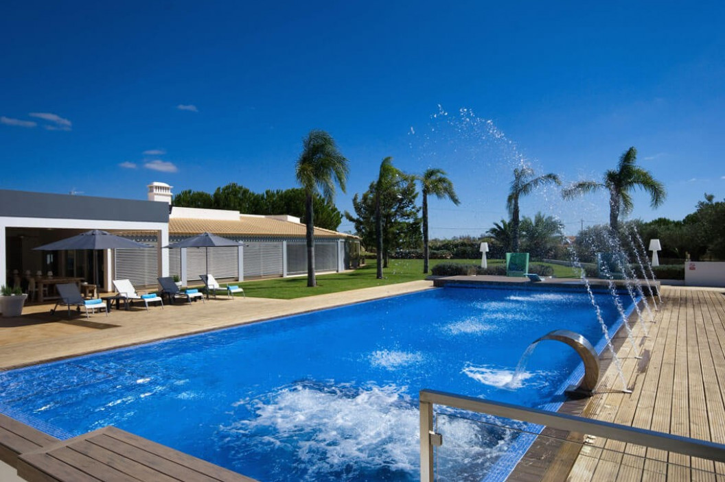 6 Bedroom Villa  | Albufeira | Sleeps 14 with Large Private Pool
