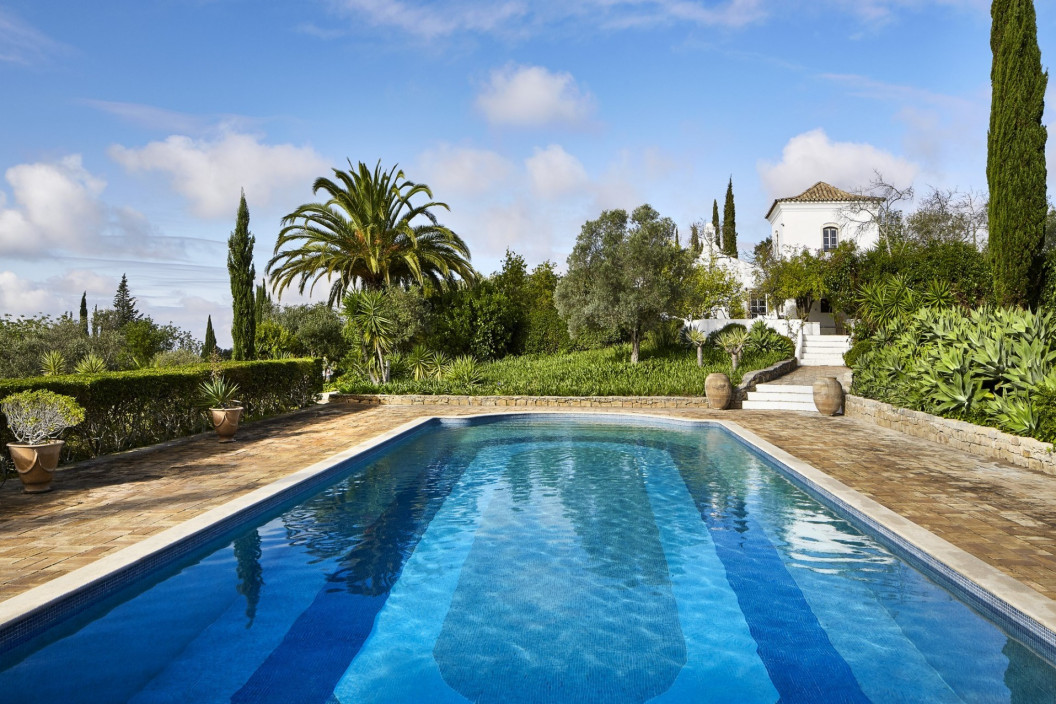 4 Bedroom Villa | Estoi | Large Private Swimming Pool