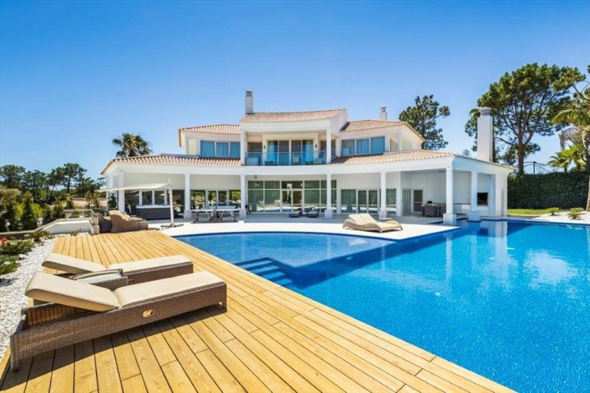 5 Bedroom Villa | in Quinta do Lago |  with Gym and Cinema Room