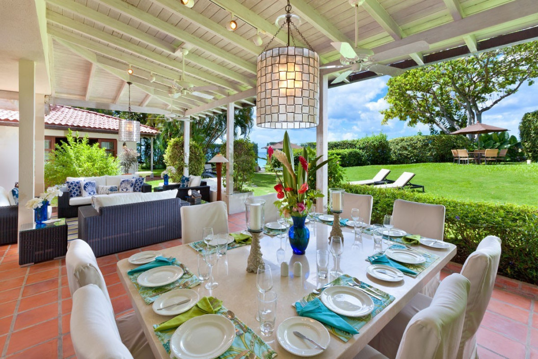 3 Bedroom Beachfront Villa with Tropical Garden