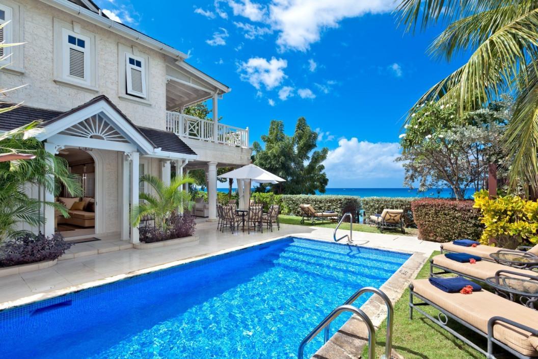 4 Bedroom Beachfront Villa with Private Pool