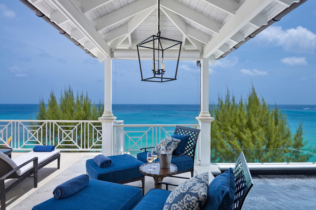4 Bedroom Penthouse with Plunge Pool  & Beach Access