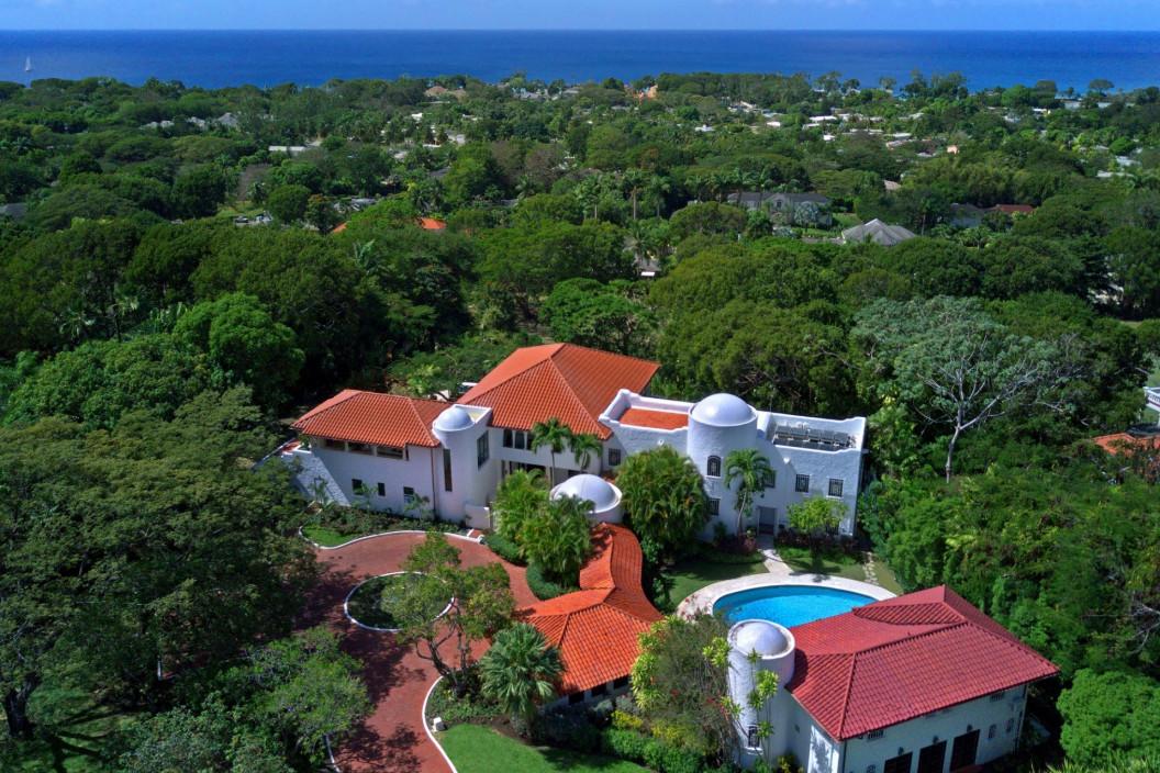 Mediterranean Style 8 Bedroom Villa with Sea Views