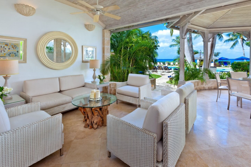 3 Bedroom Beachfront  Villa with Private Swimming Pool