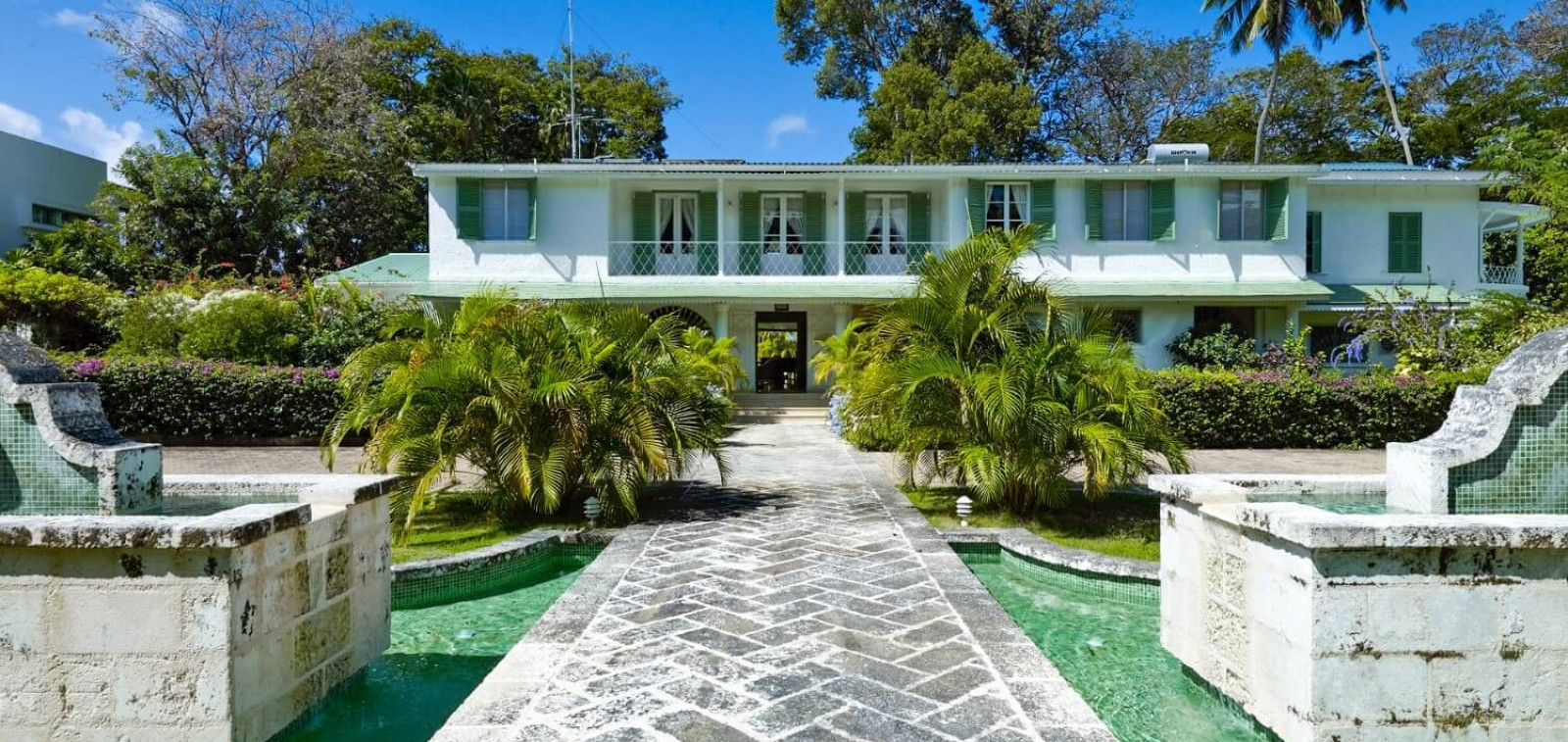 Driveway 8 Bedroom Beachfront in St James with Speed Boat & Private Pool