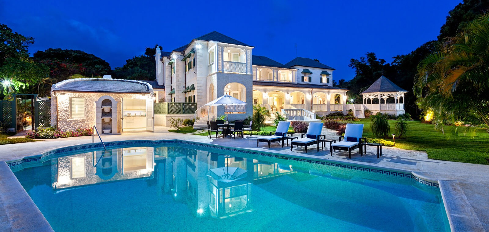 Luxury Villa in Barbados, Sandy Lane - Private Pool, Gym and Large Gardens