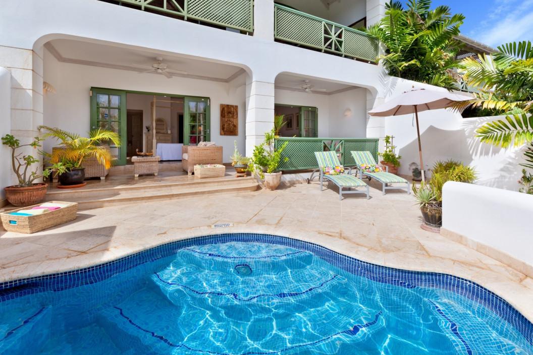 Modern 4 Bedroom Villa with Plunge Pool