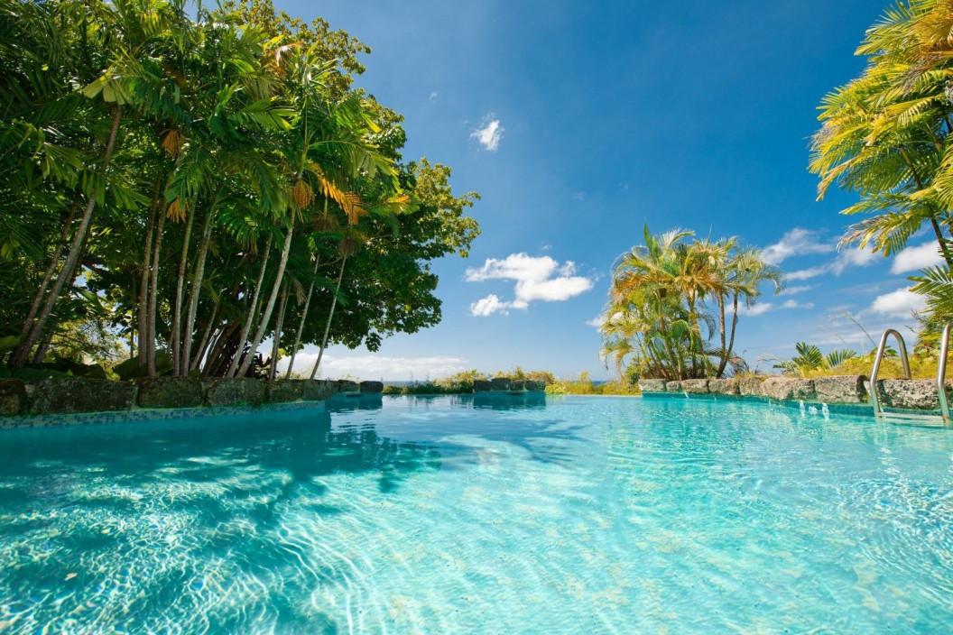 8 Bedroom Beachfront Villa |  Gibbs Beach | Private Pool & Tennis Court