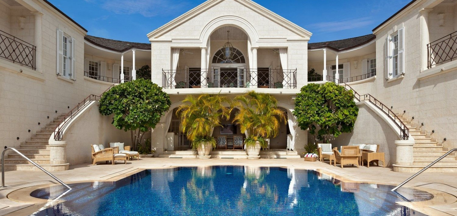 Beautiful Villa Like Dynasty for Rent 5 Bedroom Villa Sugar Hill with Putting Green & Sea Views