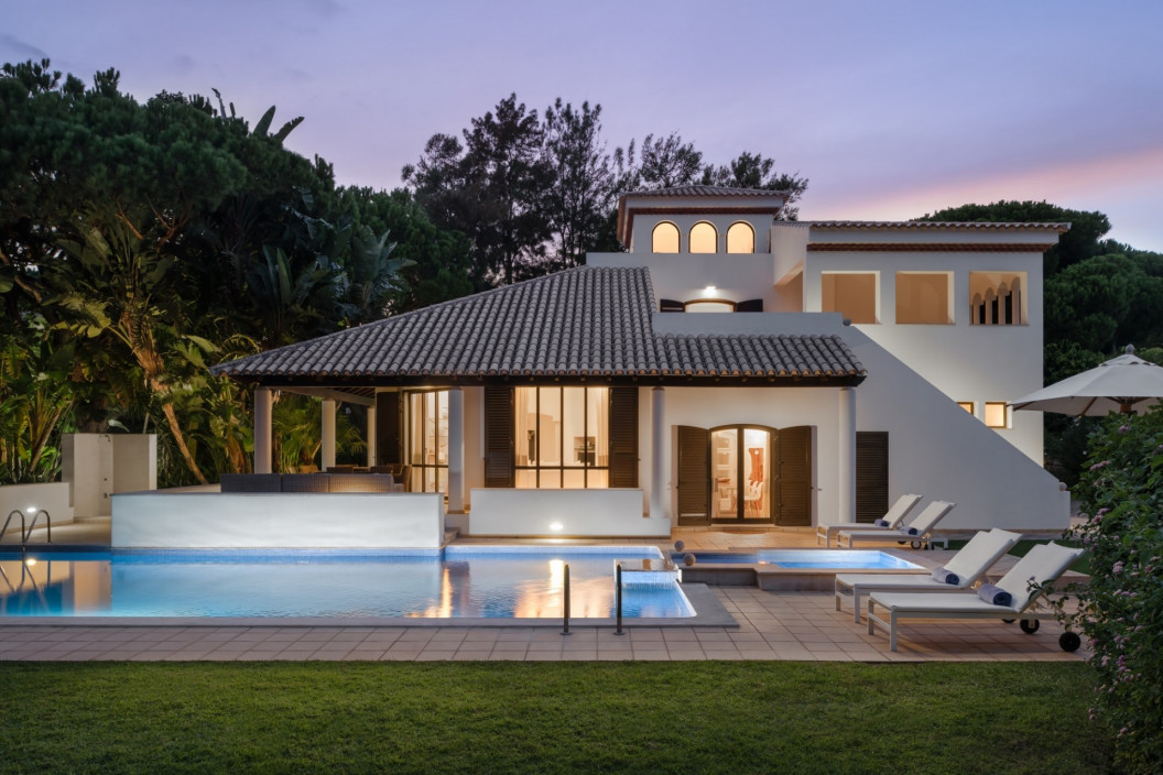 4 Bedroom Villa | Pine Cliffs | Pool and Heated Jacuzzi