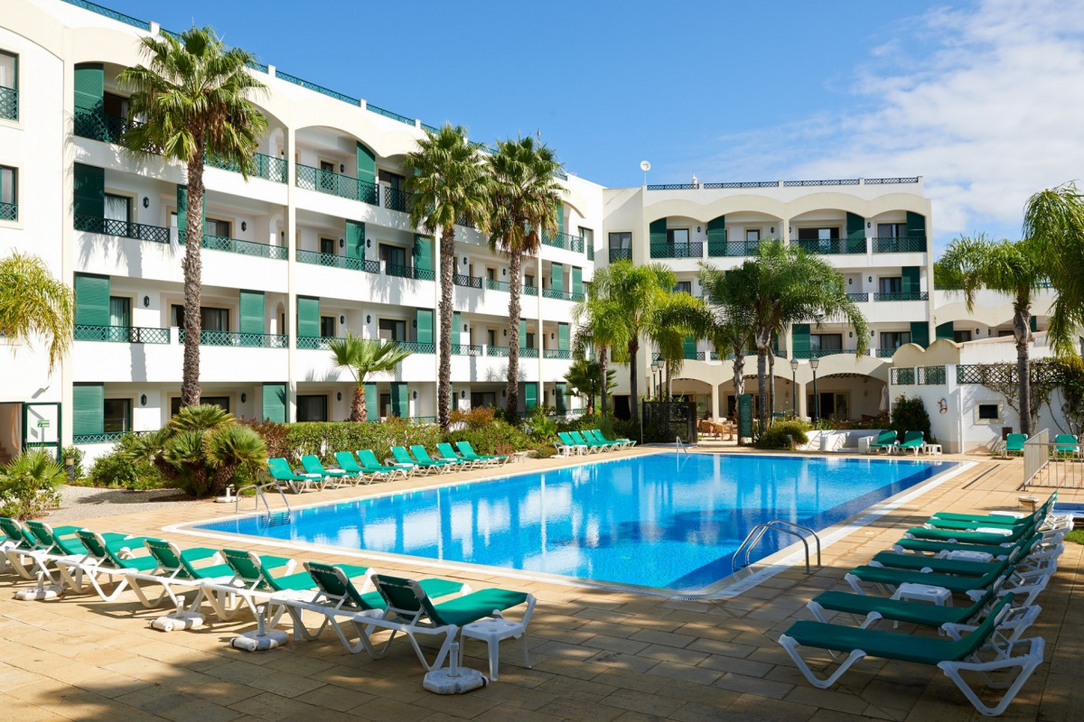 Luxury 4 Star Algarve Apartment Complex & Hotel
