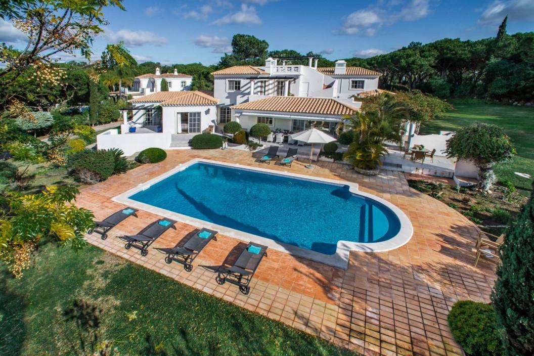 Traditional 6 Bedroom Villa in Quinta do Lago