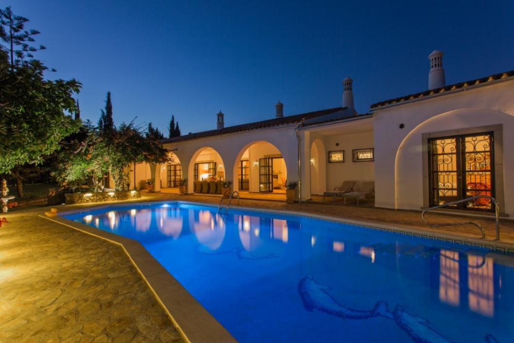 Luxury 5 Bedroom Villa   Estoi   with Beautiful Private Pool