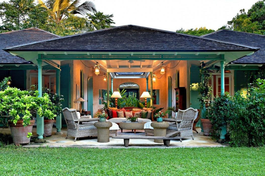 7 Bedroom Villa | St Lucy | Large Gardens, Lagoon Pool & Sea Views