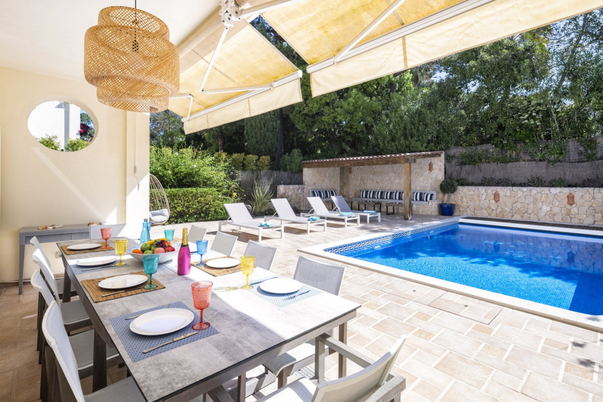 Luxury 3 Bedroom Townhouse | in Pinheiros Altos |  With Large Private Pool