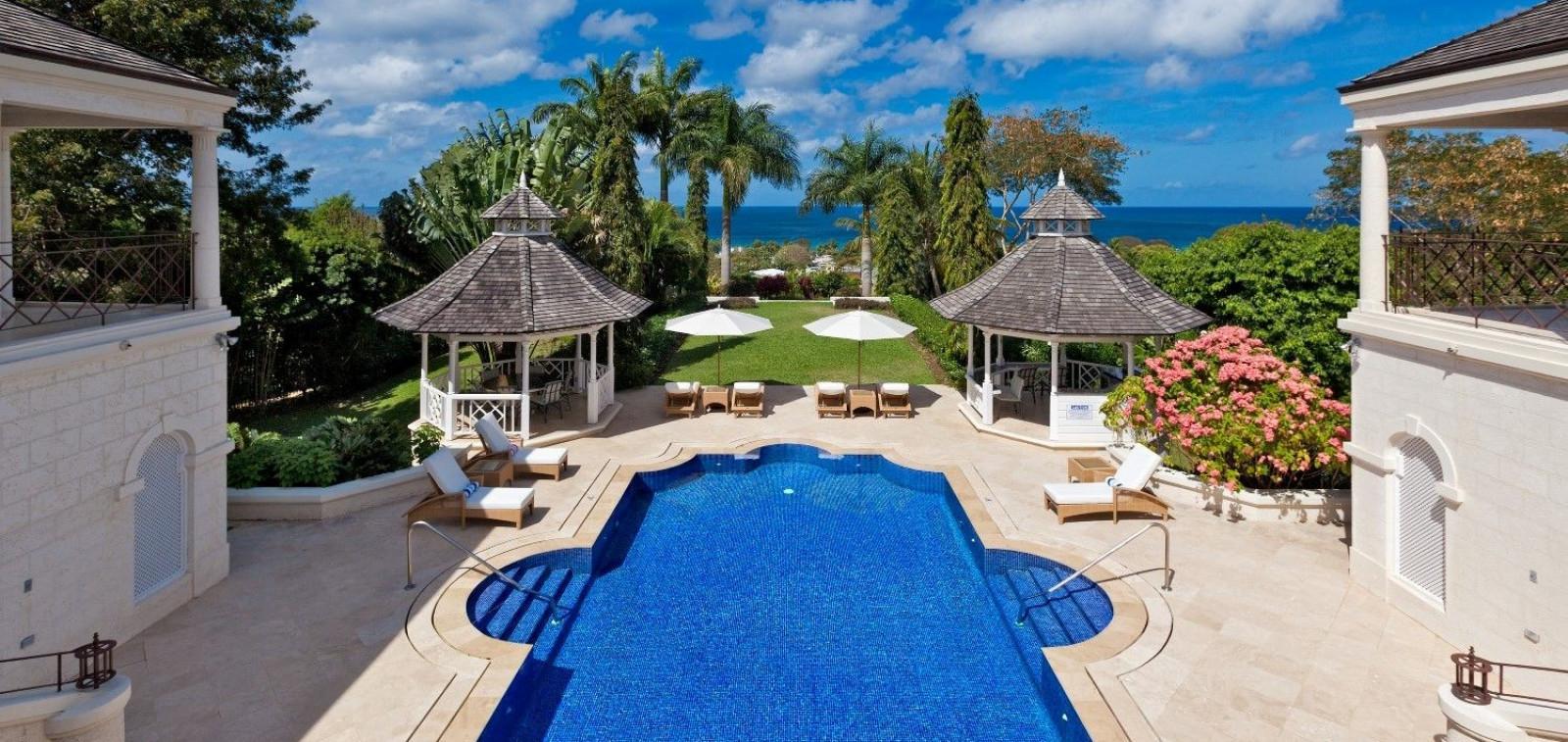 Beautiful Swimming Pool 5 Bedroom Villa Sugar Hill with Putting Green & Sea Views