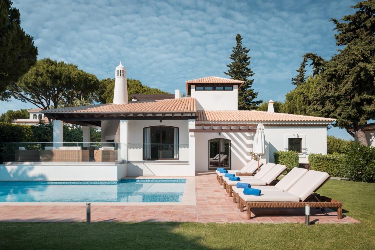 4 Bedroom Villa | Pine Cliffs | Quiet Gardens and Pool