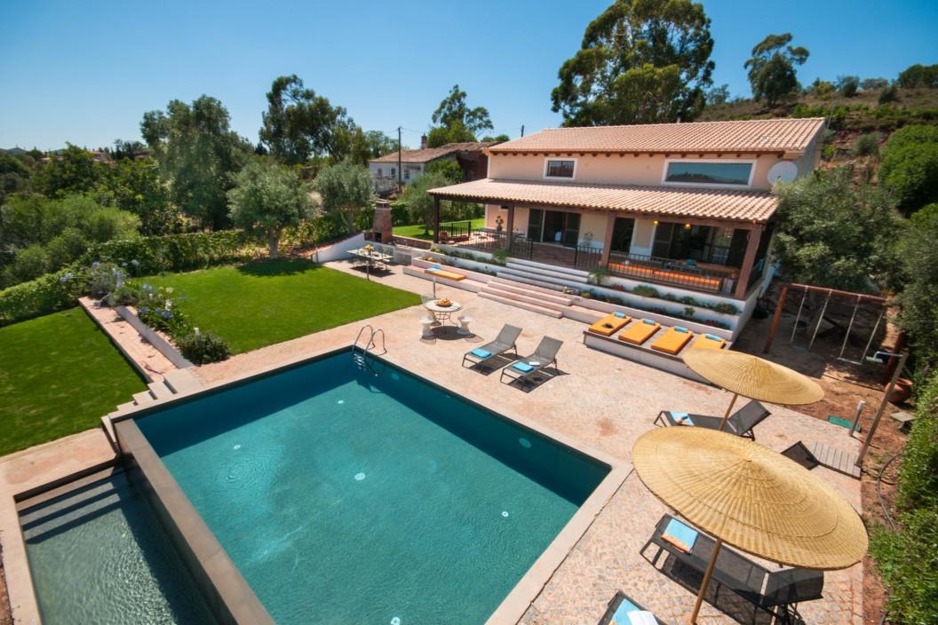 Modern 7 Bedroom Villa Sleeps 16 with Private Pool & Garden