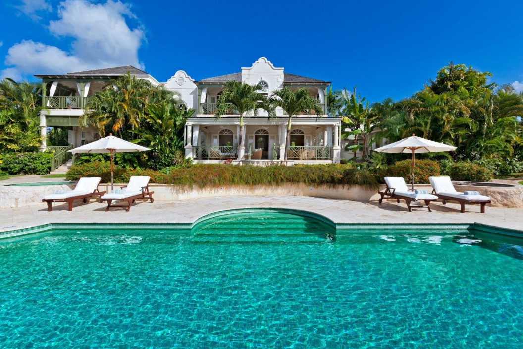 6 Bedroom Villa with Private Pool & Tennis Court