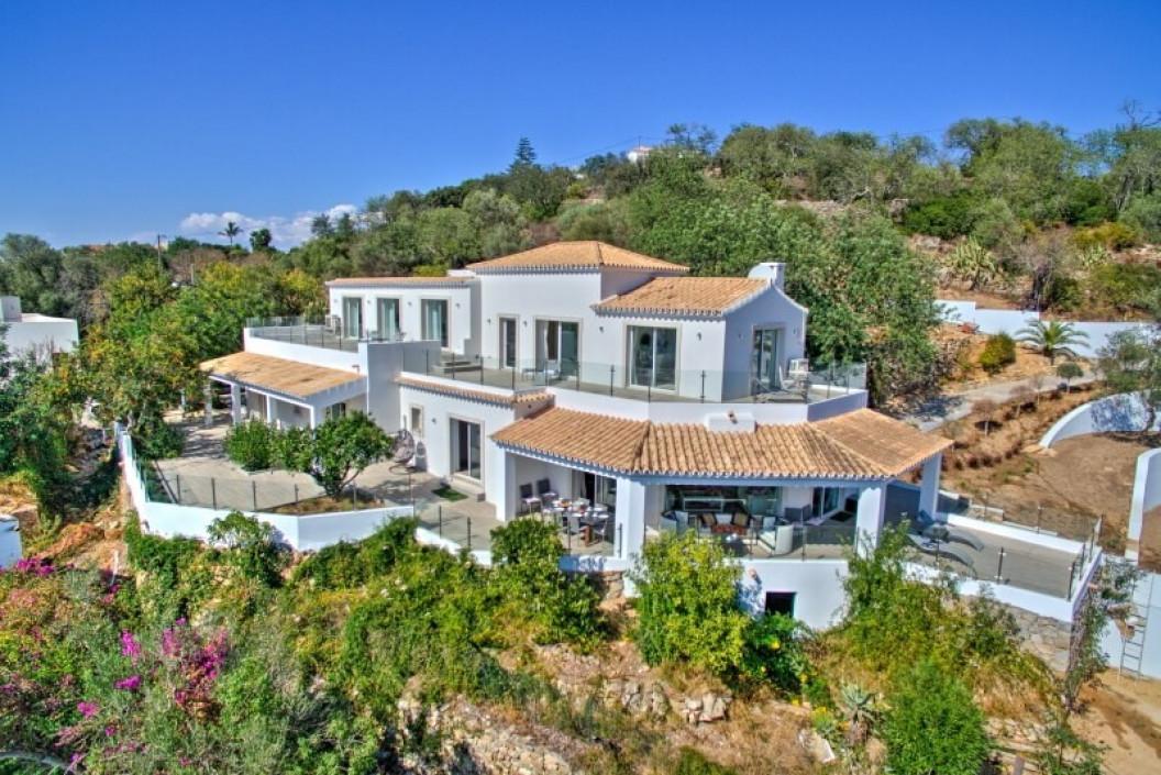5 Bedroom Villa | Boliqueime | Private Pool and Sea Views