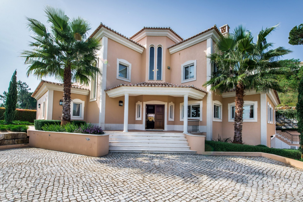 6 Bedroom Villa Algarve | Villa With Games Room | ULH