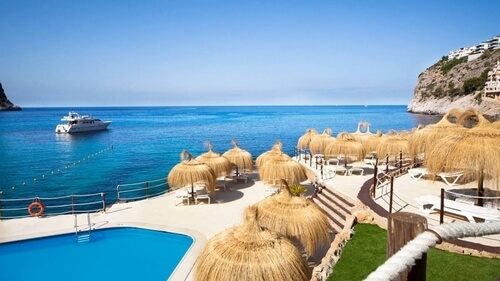 Gran Folies Beach Club, Cala Llamp